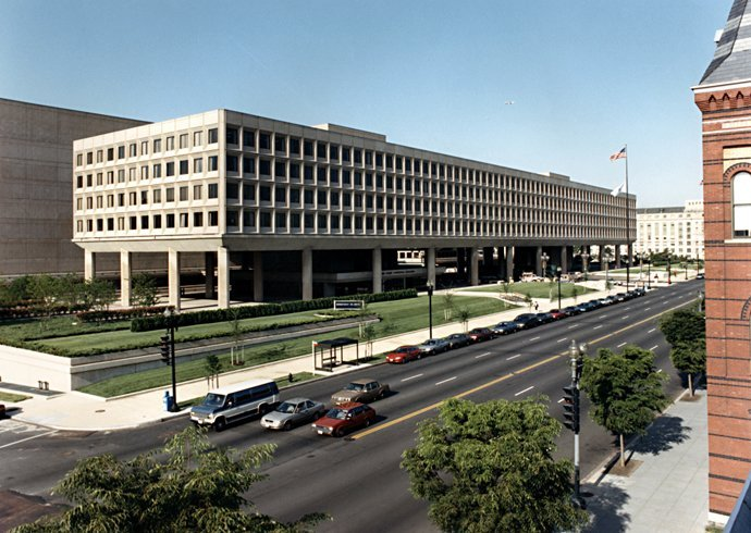 Picture of The Forrestal Building, United States Department of Energy headquarters on Independence Avenue